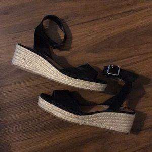 Steve Madden Sandals / Espadrillos Size 7